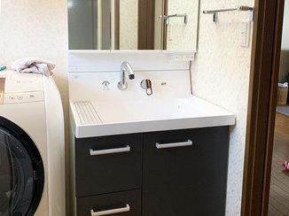 洗面リフォーム 片引き出しタイプの収納と大きなボウルが使いやすい洗面台